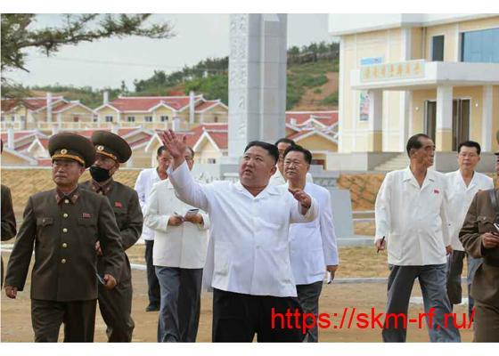 Товарищ Ким Чен Ын руководил на месте делами села Канбук уезда Кымчхон провинции Северный Хванхэ