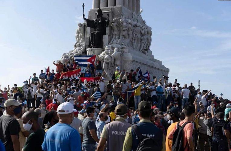 Не сдавайся замайданщикам, Куба! Мы — с тобой!